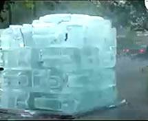 Veja os Vídeos das Esculturas em Gelo na Mídia