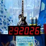 Escultura em Gelo da Guitarra Antártica Sub Zero