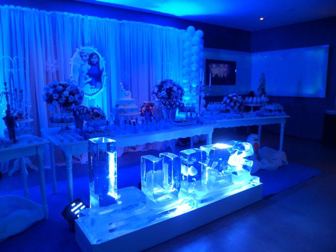 Escultura de Nome em Gelo para Aniversário